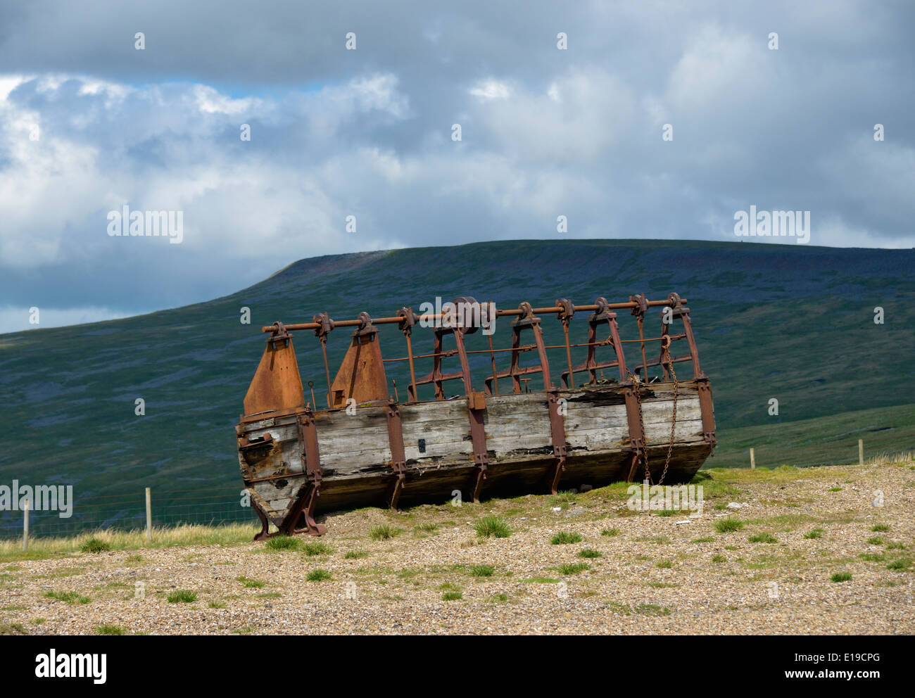 Derelict crushing mill. Silverband Mine, Great Dun Fell, Milburn Forest, Cumbria, England, United Kingdom, Europe. - Stock Image