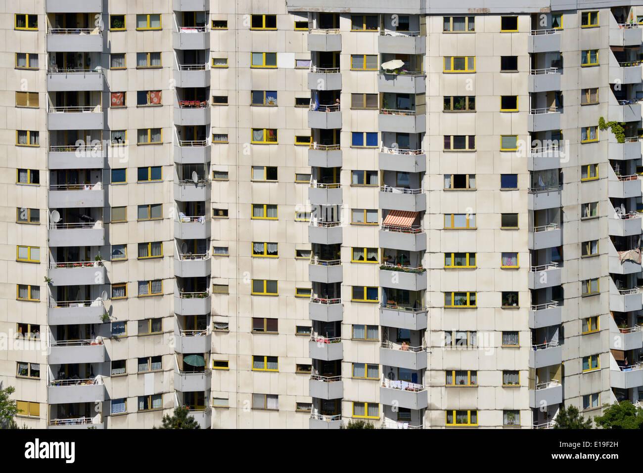Hochhaus, Senftenberger Ring, Maerkisches Viertel, Berlin, Deutschland / Märkisches - Stock Image