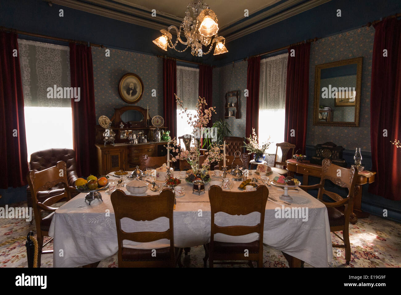 Elk203 1037 Canada, British Columbia, New Westminster, Irving House, 1865,  Dining Room