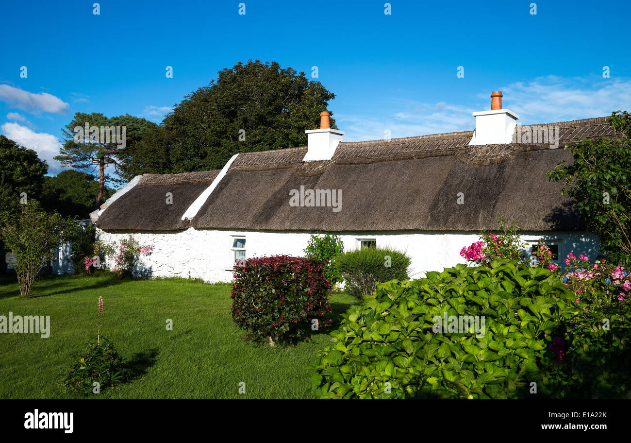 Ireland, Calway county, Connemara area, traditional country house near Leenane village - Stock Image