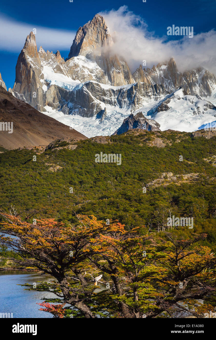 Fitz Roy towering high above Laguna Capri in Patagonia, Argentina - Stock Image