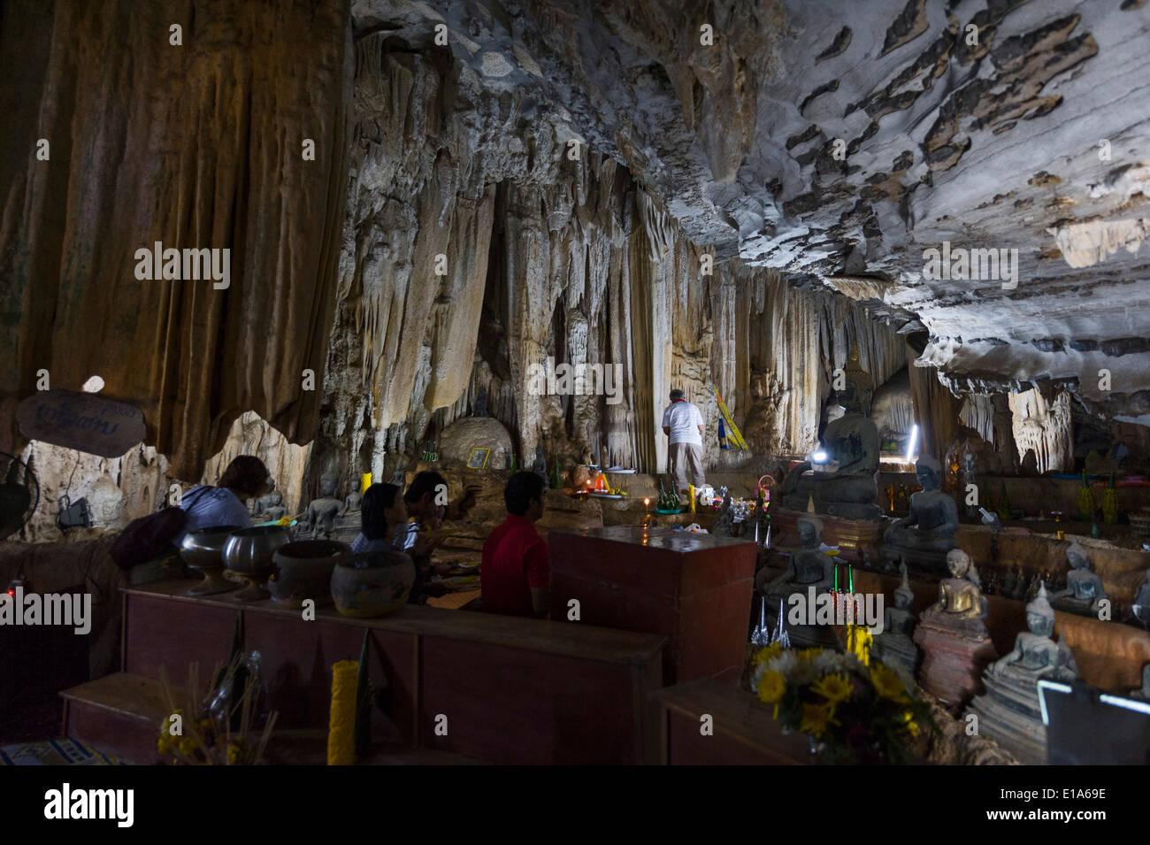 Tham Pa Fa Buddha Cave, Ban Na Ka Sarng village, near Tha Kaek, Laos. - Stock Image