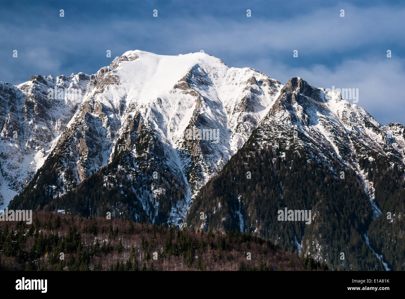 Outdoors landscape with Carpathian Mountains range in Romania, Bucegi Natural Park (2507 m) - Stock Image