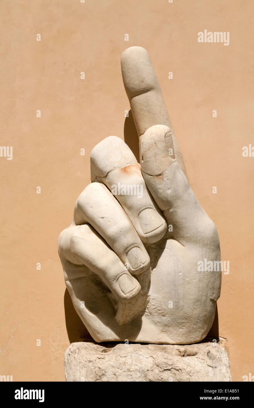Massive hand sculpture of the Emperor Constantine with finger pointing upwards, Musei Capitolini, Rome Italy - Stock Image