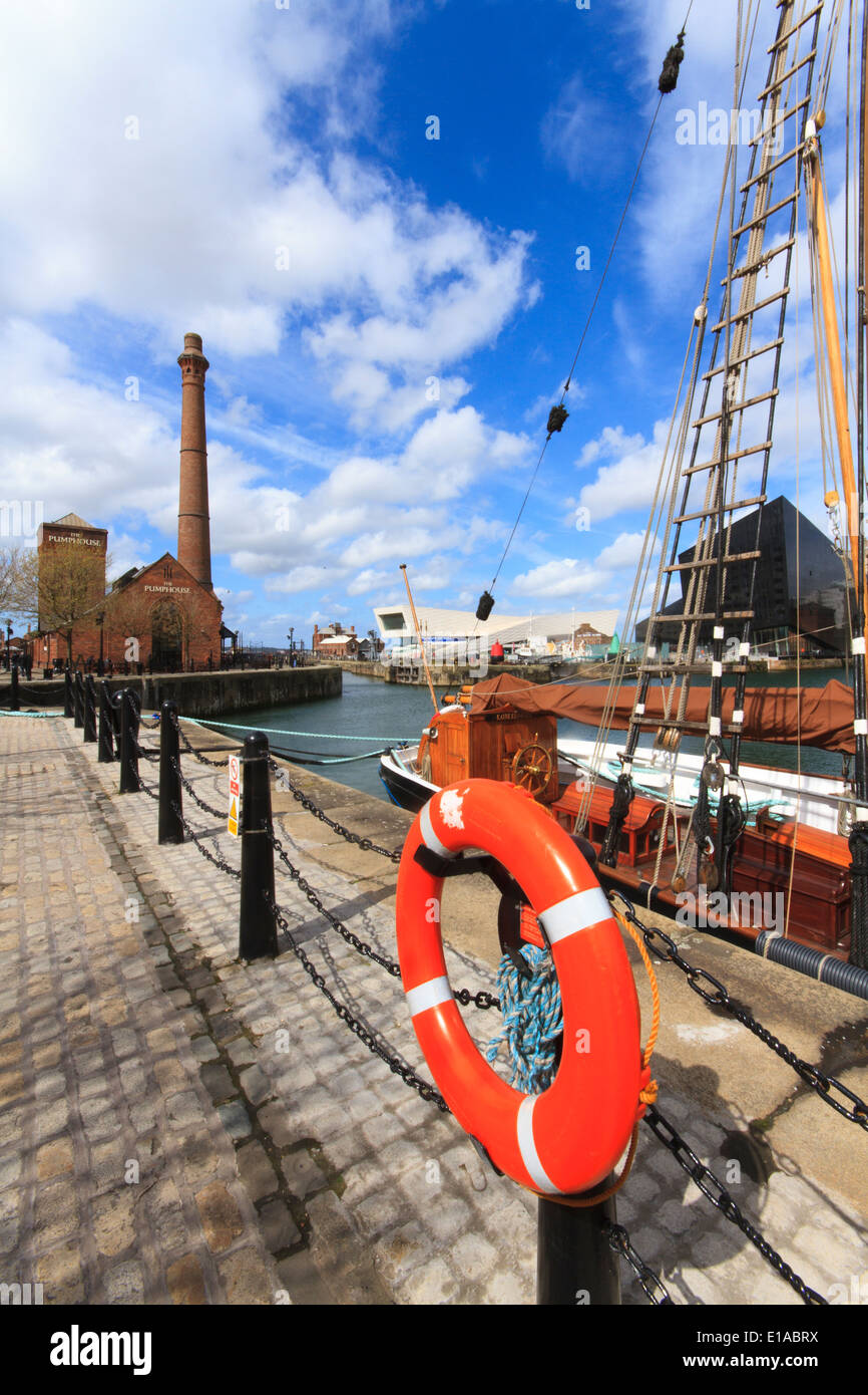 Albert Dock, Liverpool's historic waterfront, Liverpool, England. - Stock Image