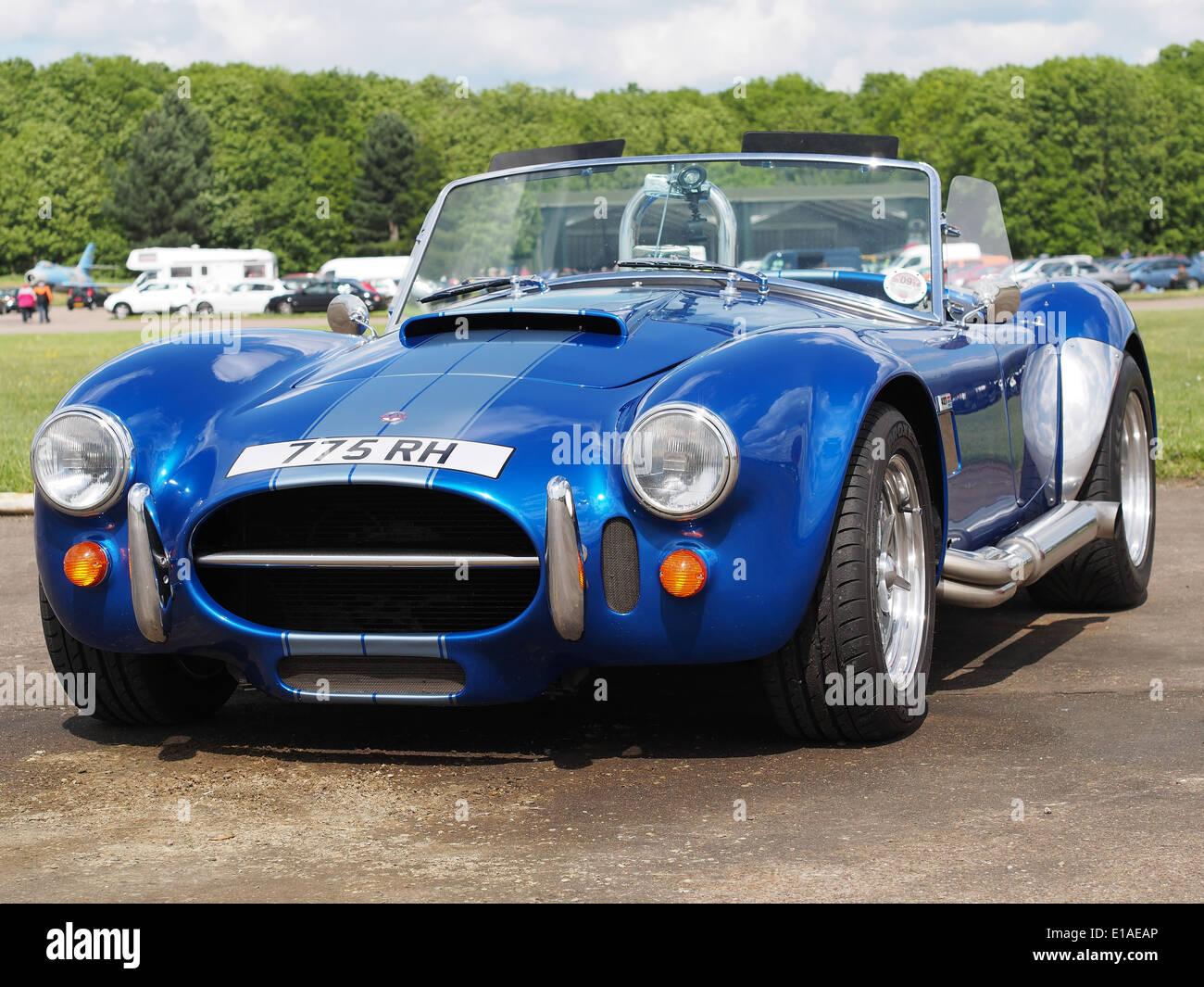 Ac Cobra Stock Photos & Ac Cobra Stock Images - Alamy