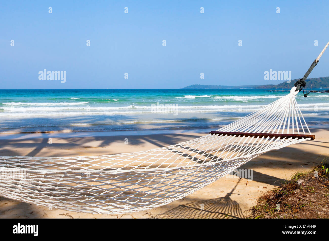 hammock on the beach - Stock Image