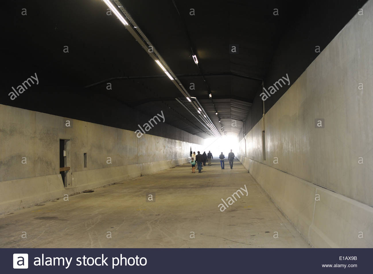 Dag van de Bouw / Open Building Site Day Amsterdam A massive tunnel leads under the rear of Centraal Station. - Stock Image