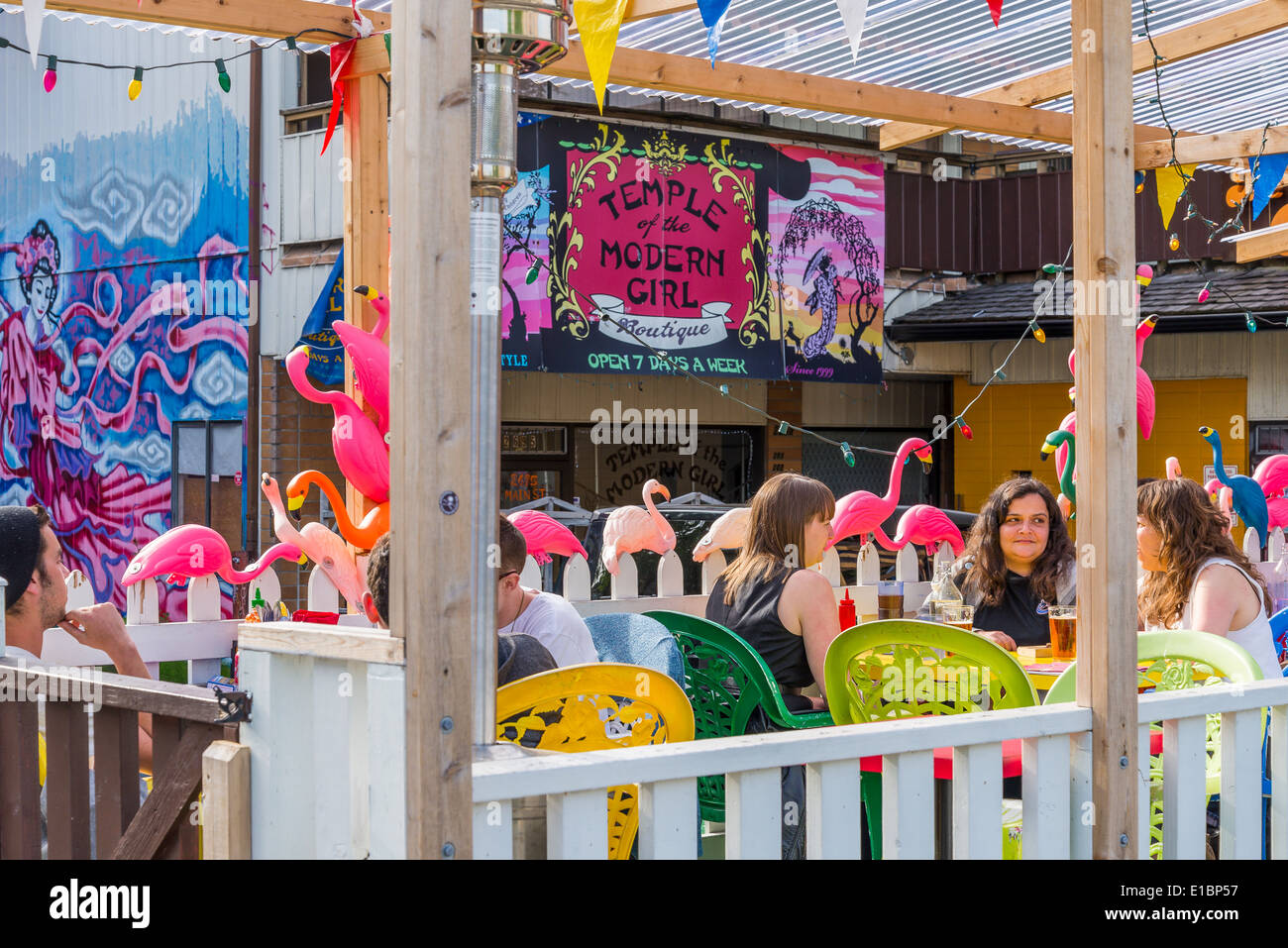 Outdoor cafe patio, Main Street, Vancouver, British Columbia, Canada - Stock Image