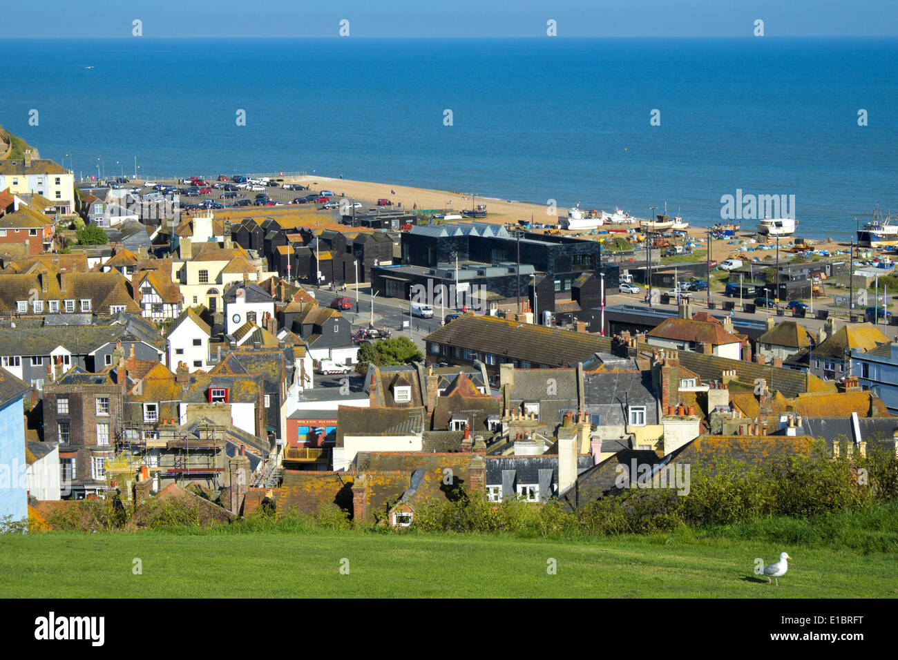 View over Hastings Old Town to the Jerwood Art Gallery on the beach, East Sussex, GB, UK - Stock Image