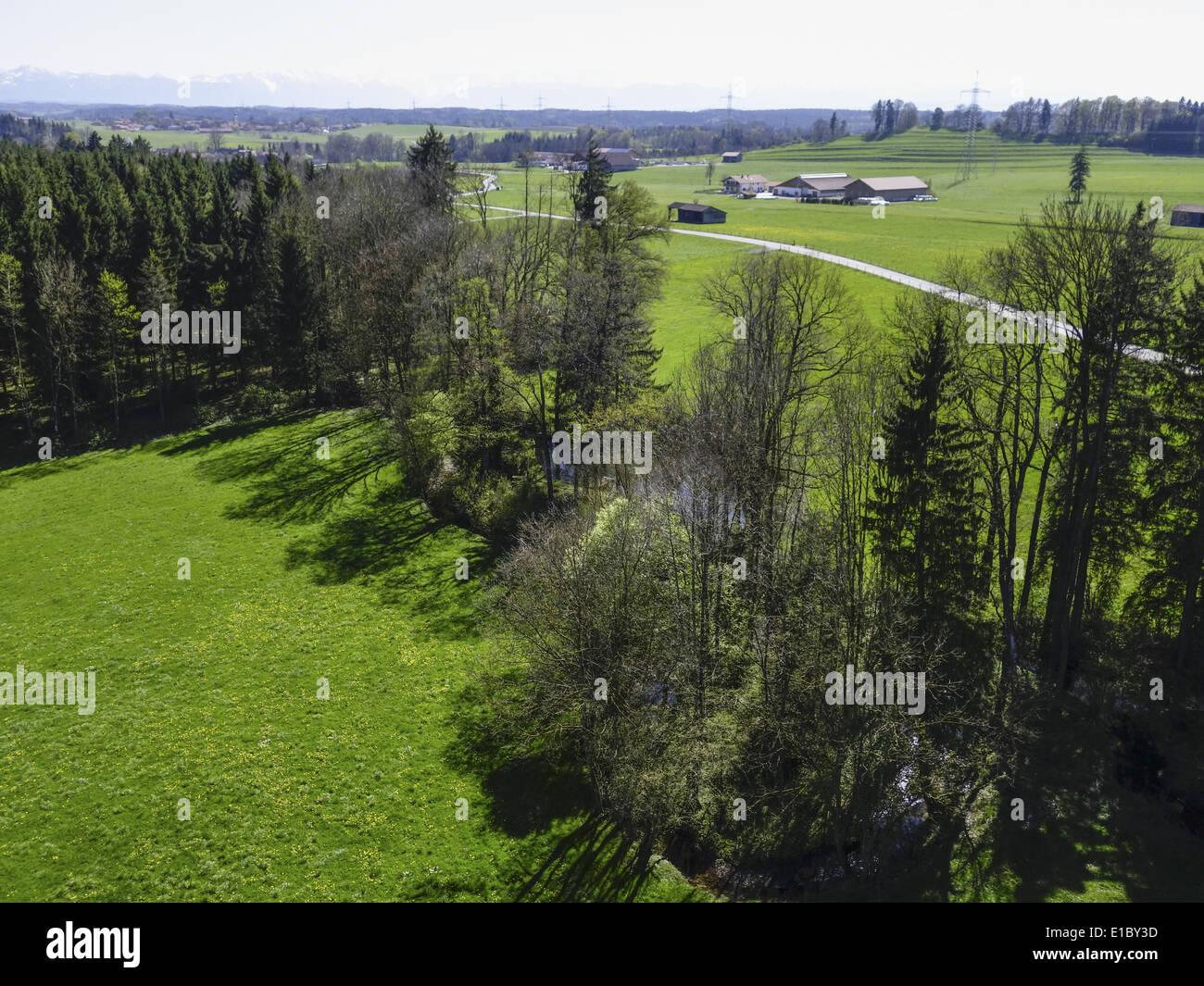Bayerisches Voralpenland im Frühling, Oberbayern, Bayern, Deutschland, Europa - Stock Image