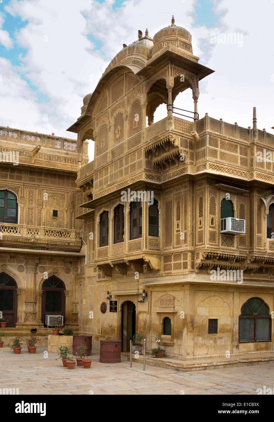 India, Rajasthan, Jaisalmer, Gandhi Chowk, Mandir Palace Hotel, home of former rulers welcomheritage group hotels - Stock Image
