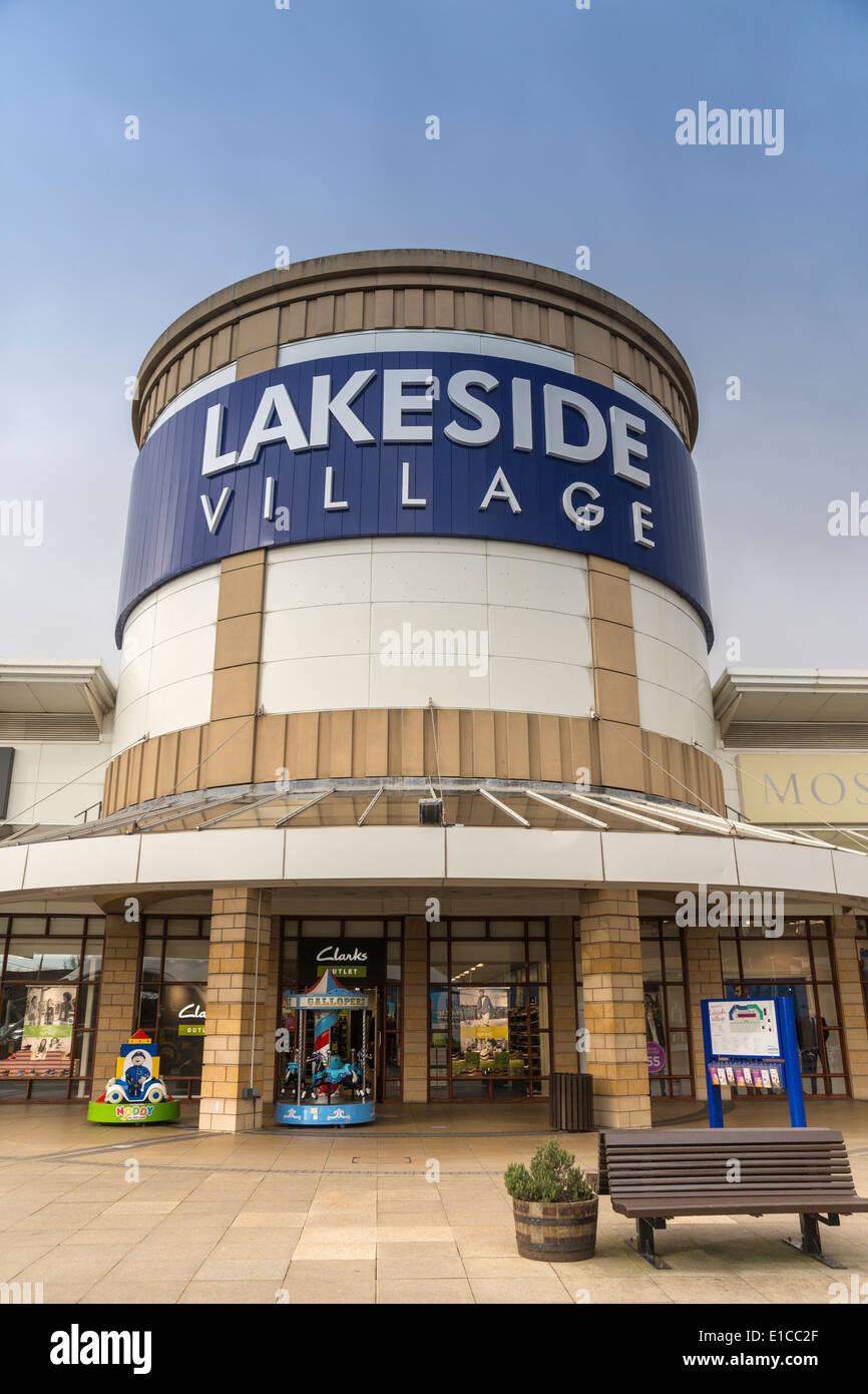 Lakeside Shopping Centre High