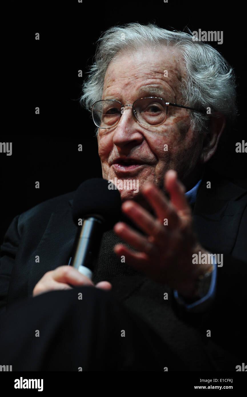 Karlsruhe, Germany. 30 May, 2014. Noam Chomsky (85) speaks on 'Driving forces in US policy'  at ZKM Karlsruhe on Friday. Photo: Miroslav Dakov/ Alamy Live News - Stock Image