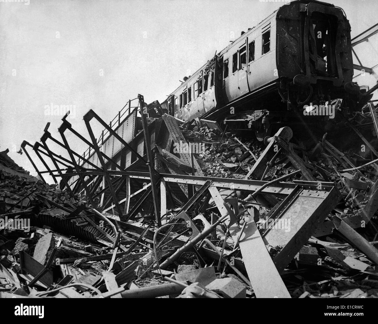 World War 2, Battle of Britain. Destroyed London railway station in Westminster Bridge Road, after London's biggest night raid - Stock Image