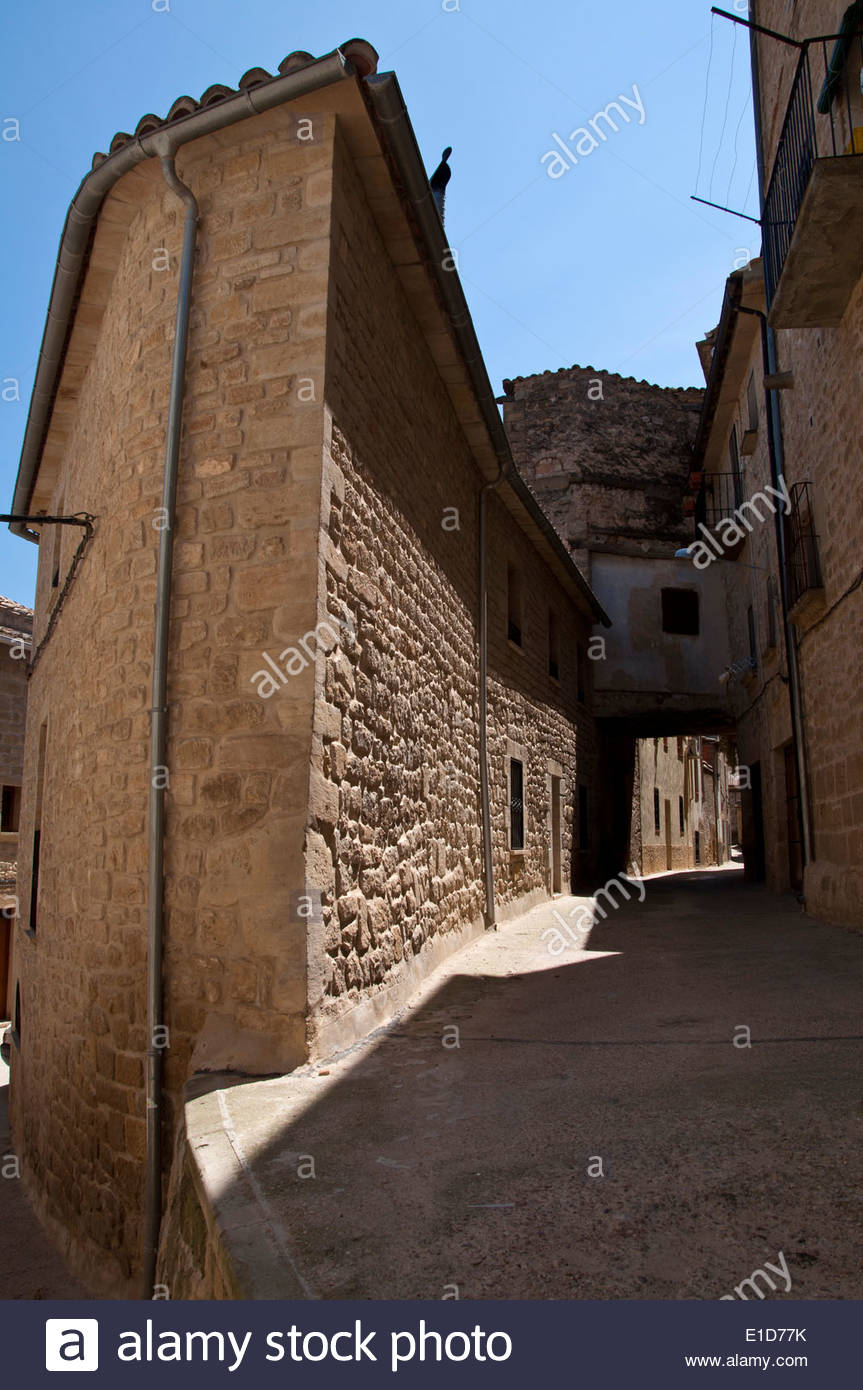 Ancient houses restored in Calaceite, historical village in Matarraña Region, Teruel Aragon Spain - Stock Image