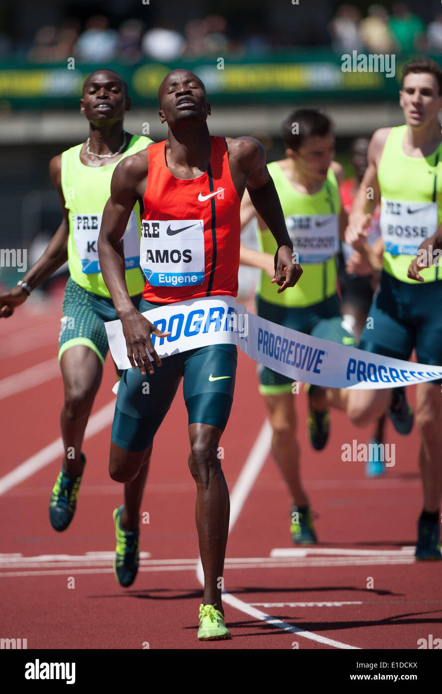 Eugene, OR, USA. 31st May, 2014. Nijel Amos of Botswana wins the Men's 800m at the 2014 Prefontaine Classic with Stock Photo