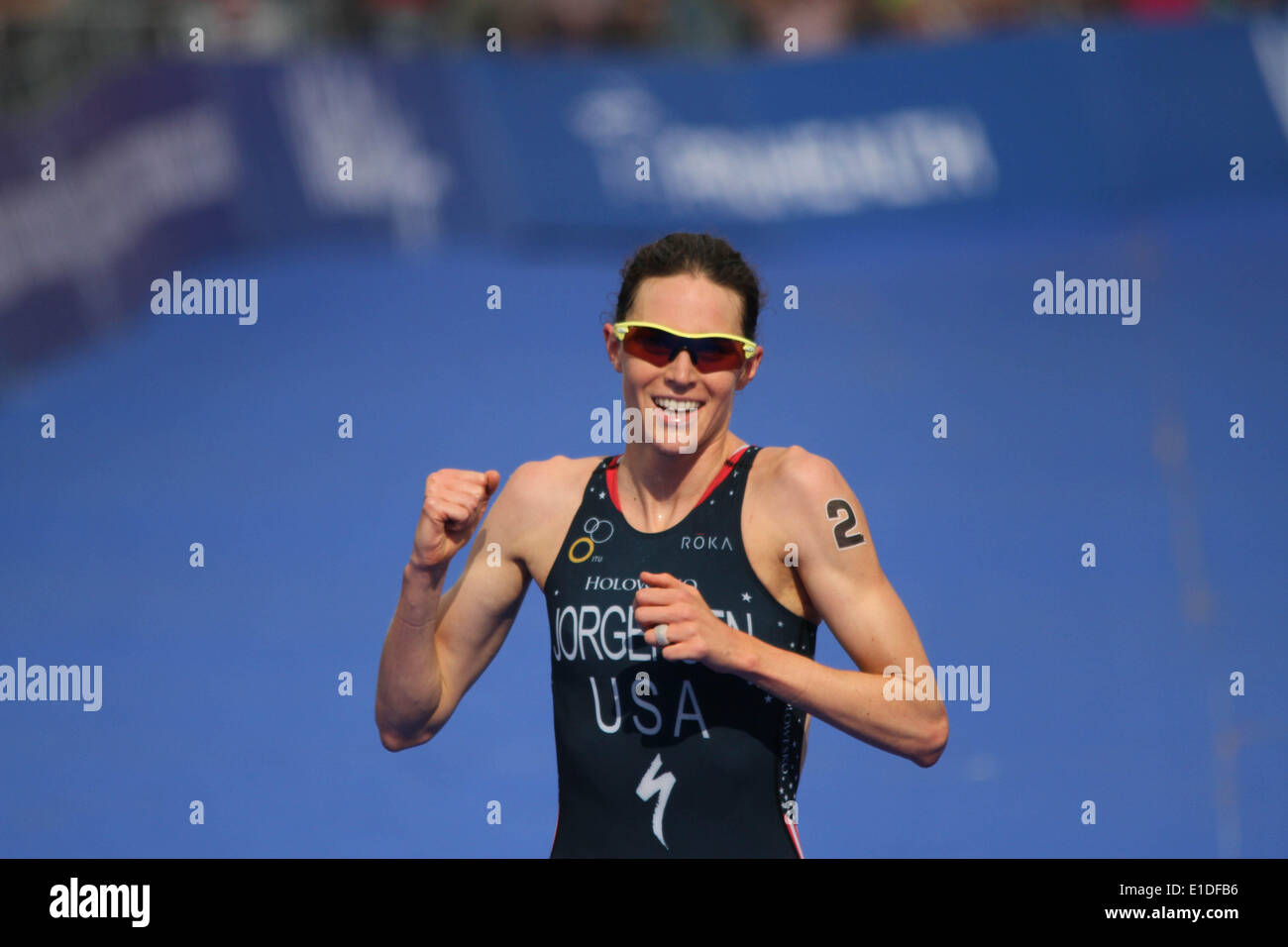 London, UK. 31st May, 2014. Gwen Jorgensen of USA wins the women elite ITU Triathlon held in London. Credit:  petericardo lusabia/Alamy Live News - Stock Image