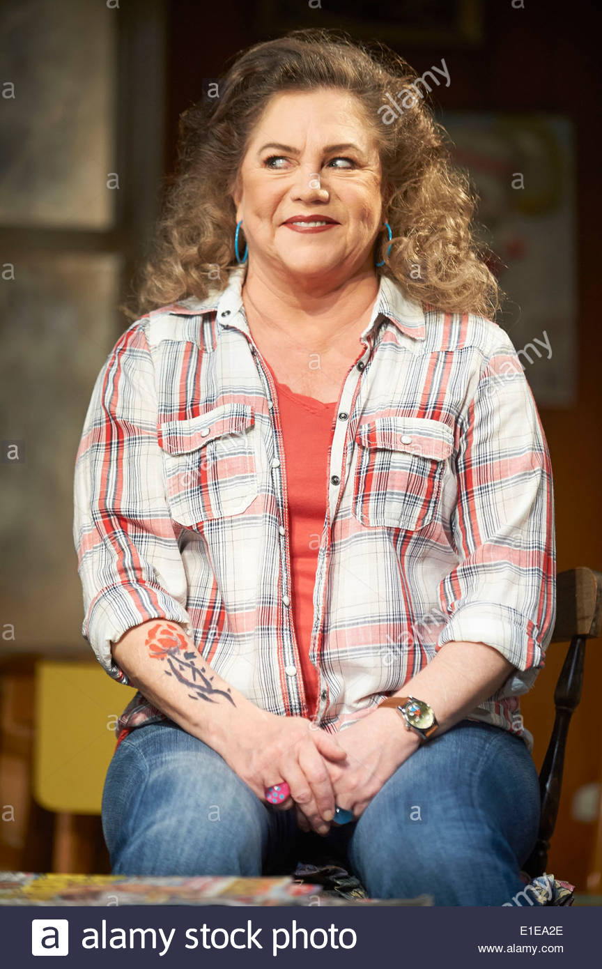 Bakersfield Mist by Stephen Sachs, directed by Polly Teale. With Kathleen Turner as Maude Gutman. Opens at The Duchess Theatre on 27/5/14 - Stock Image