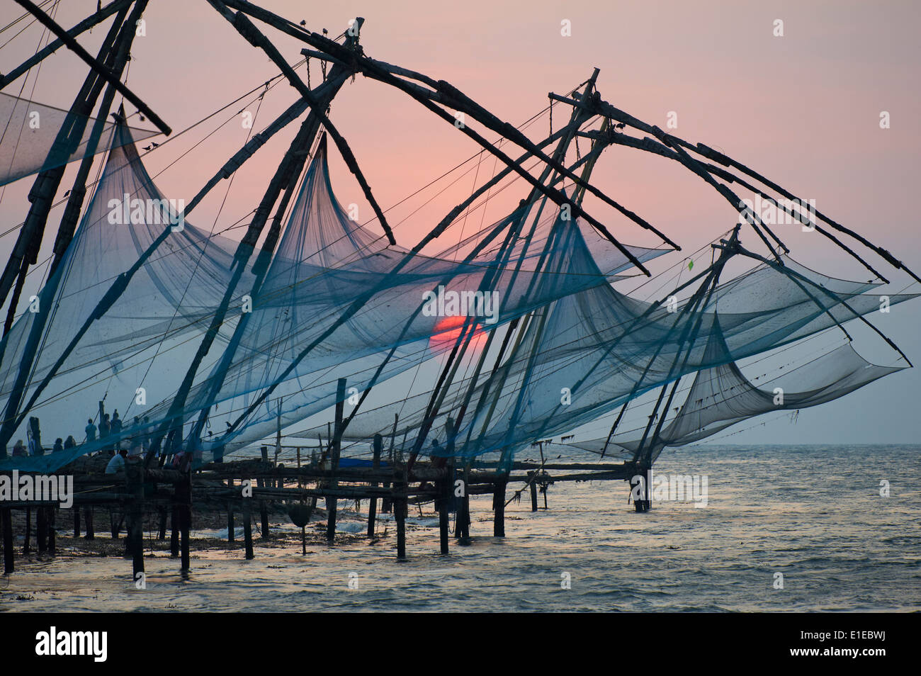 India, Kerala State, Fort cochin or Kochi, Chinese fishing nets - Stock Image