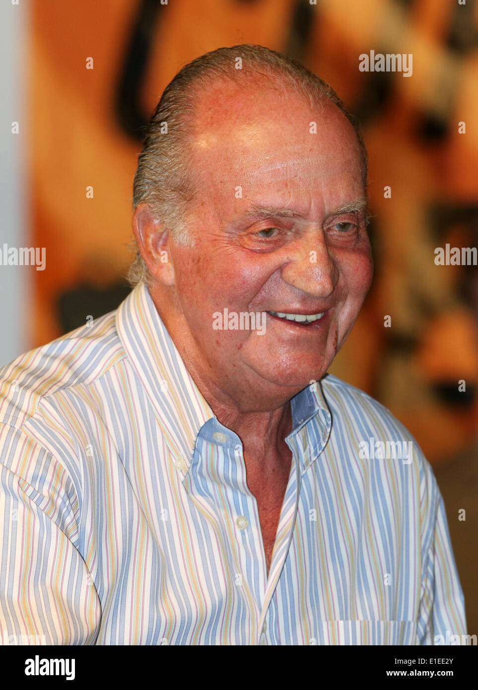 Spanish King Juan Carlos during the award ceremony of the 29th Copa del Rey sailing race, the 29th edition of the King's Cup (Copa del Rey) in Palma de Mallorca, Spain, 08 August, 2010. Photo: Patrick van Katwijk - Stock Image