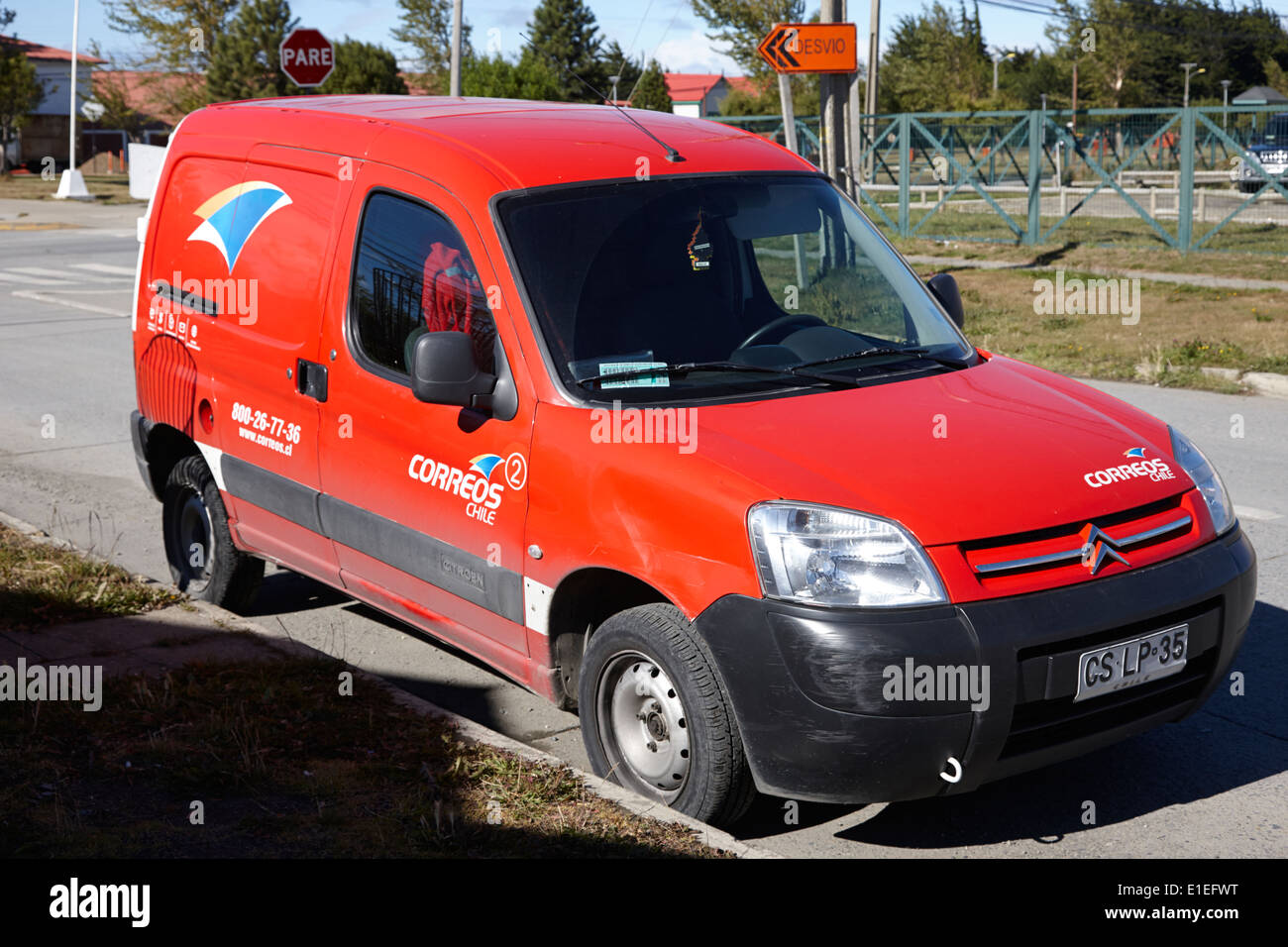 correos chile chilean post delivery van Punta Arenas Chile - Stock Image