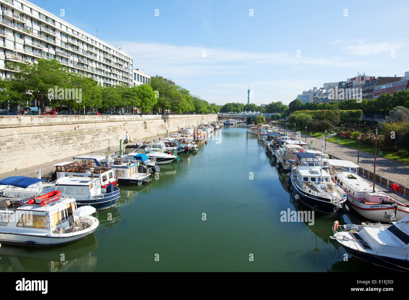 Bassin de l'Arsenal, Canal Saint-Martin, Paris - Stock Image