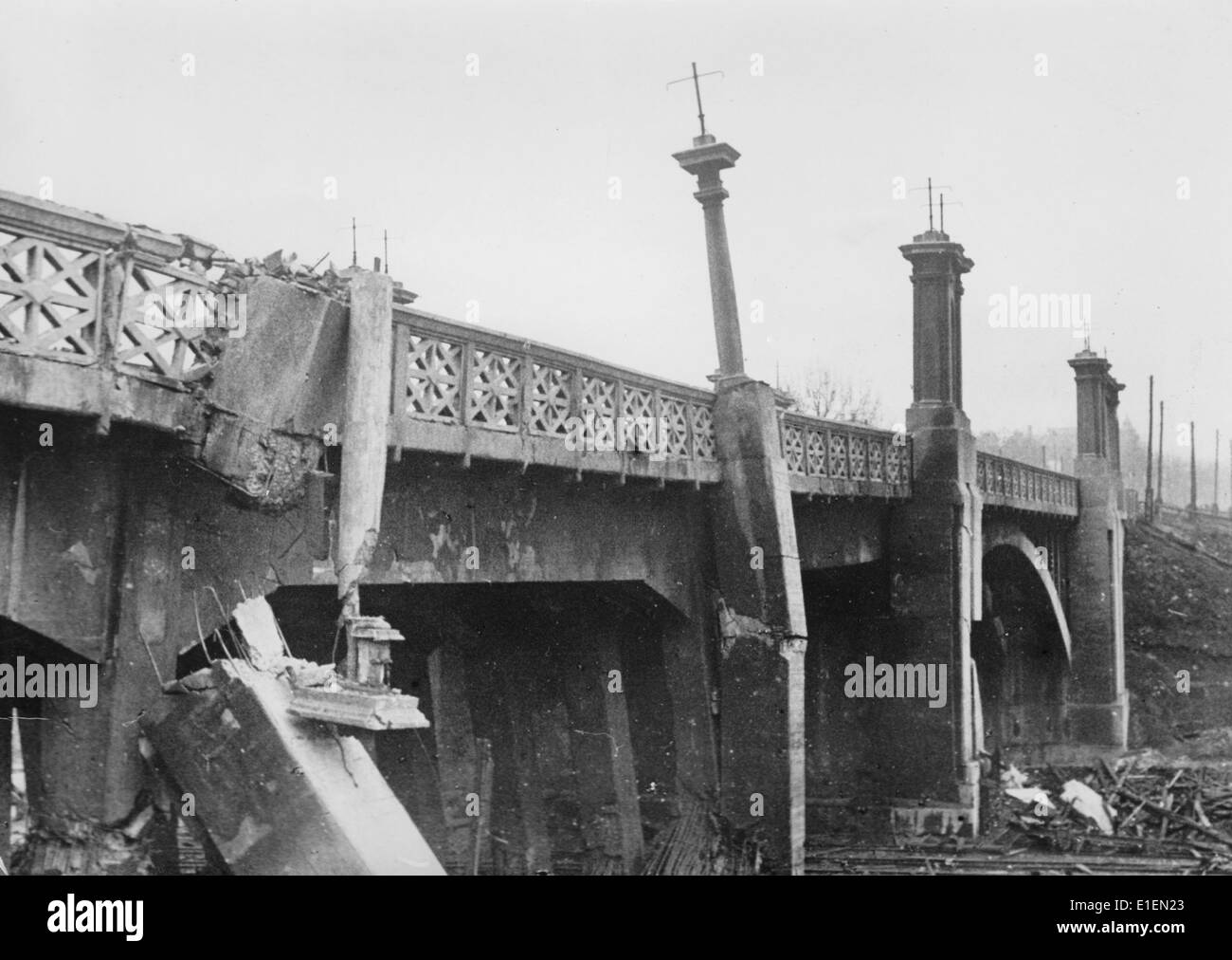 Propaganda text! from Nazi news reporting on the back of the picture: 'In Kharkov. A railway overbridge only incompletly Stock Photo