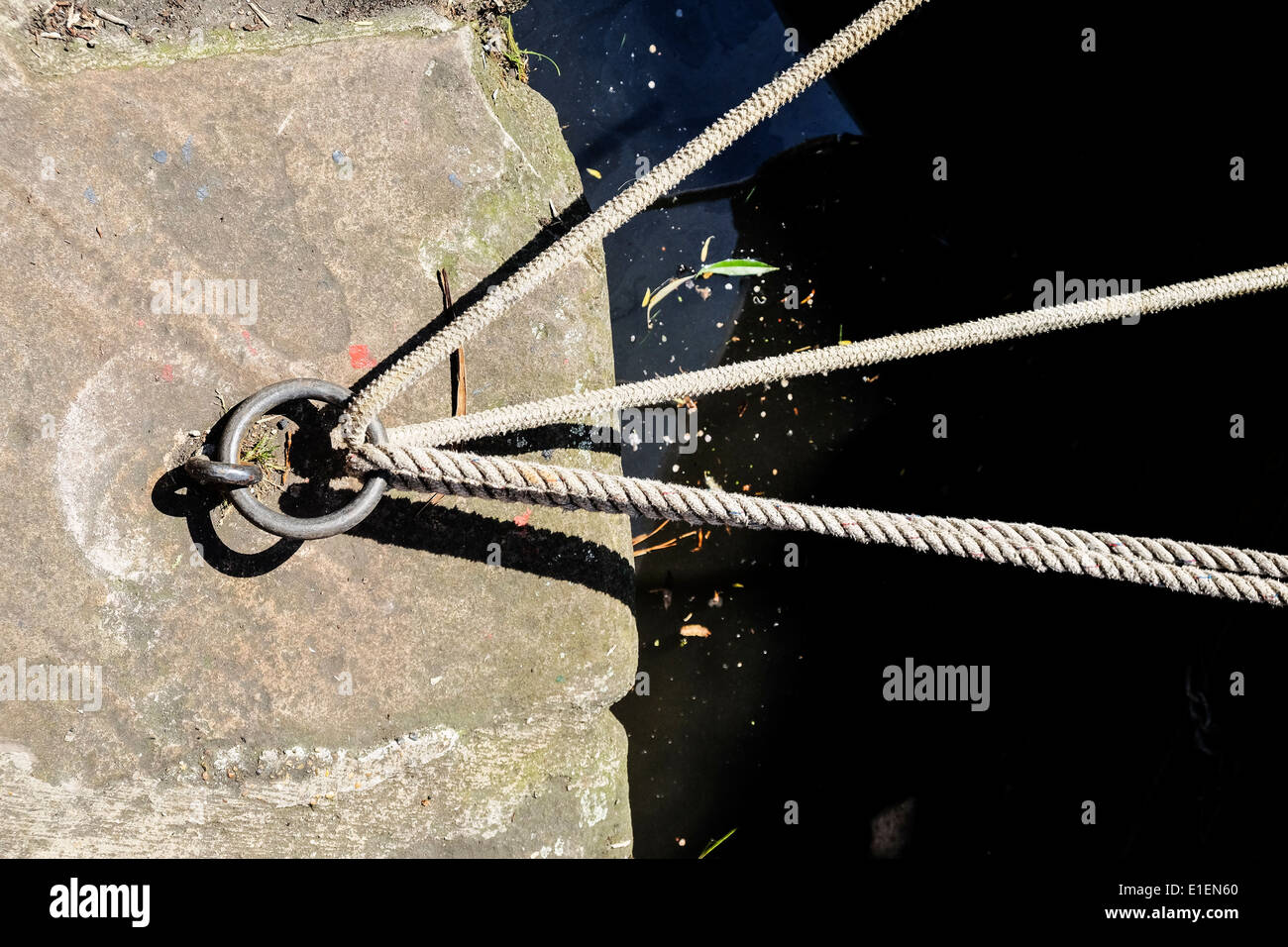 Rope under tension. - Stock Image