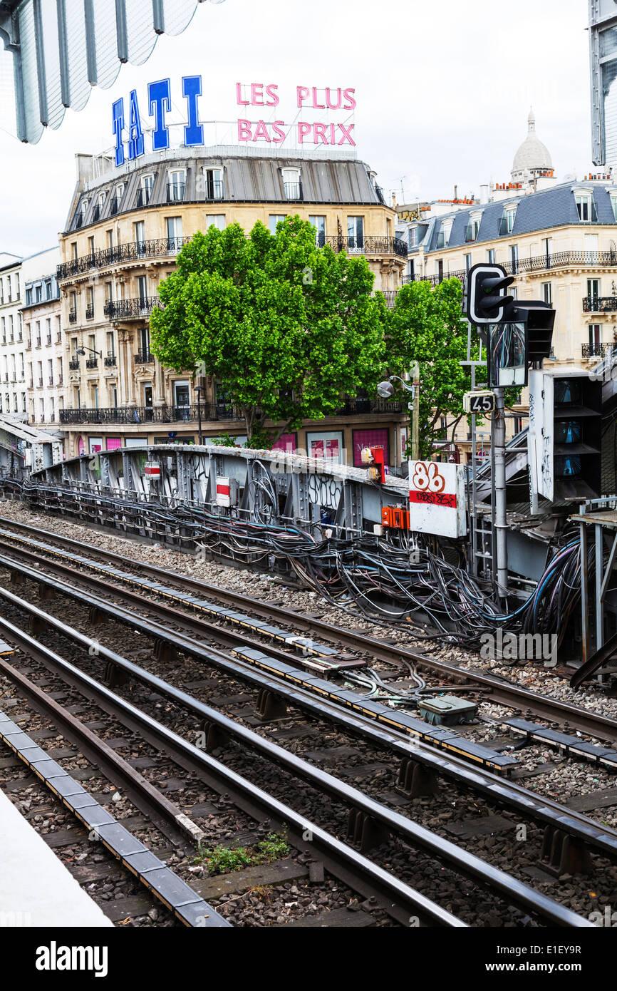 Paris railway line electrics exposed outside metro exterior tracks track rail - Stock Image