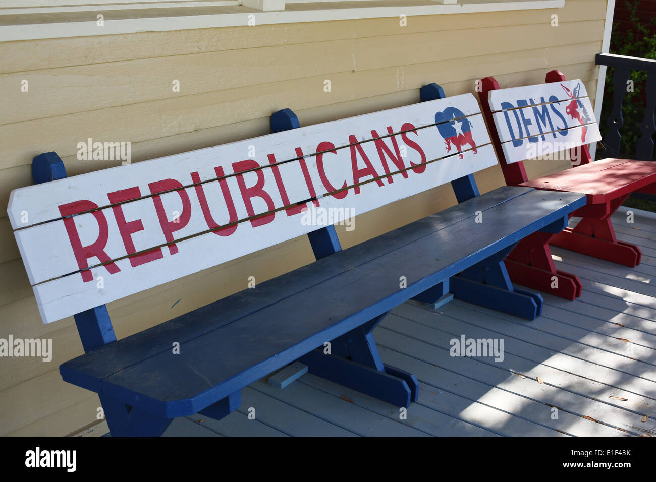 Humorous benches making a pro-Republican statement, at Red Oak II in Carthage, Missouri. - Stock Image