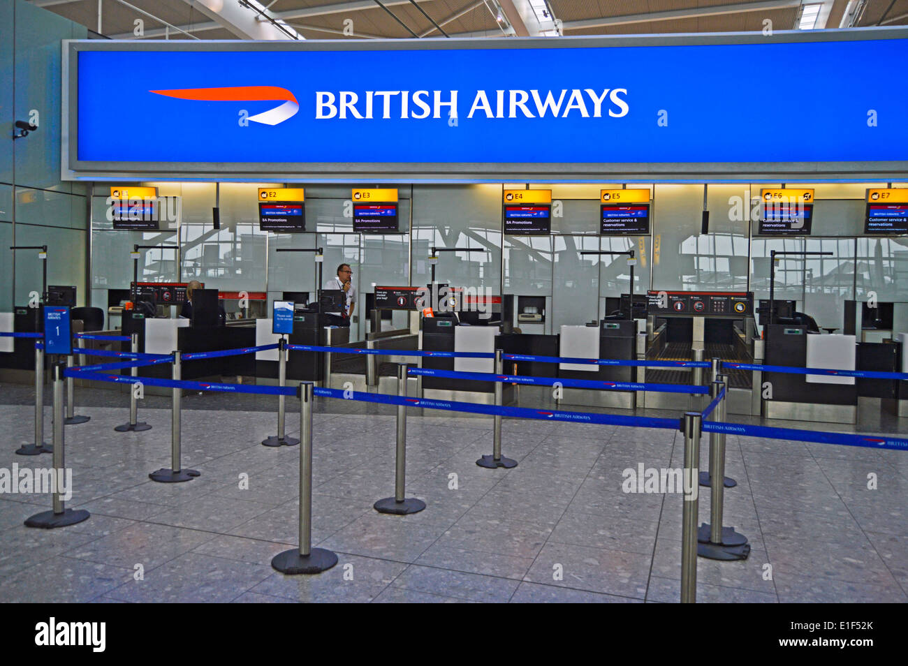 View of Terminal 5 Departures at Heathrow Airport, London ...