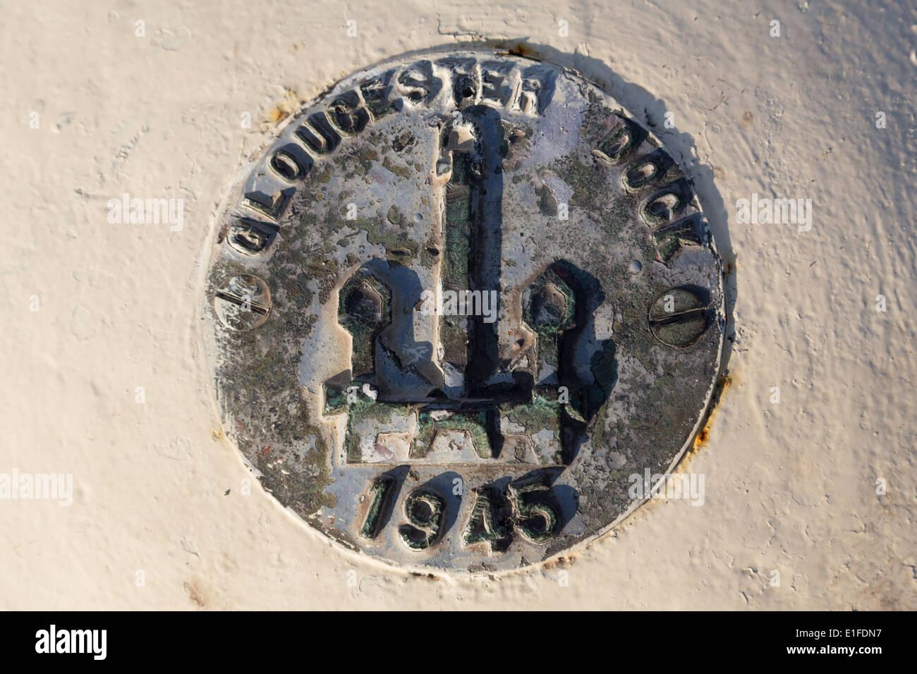 UK, Gloucester, Gloucester, dock plate. - Stock Image