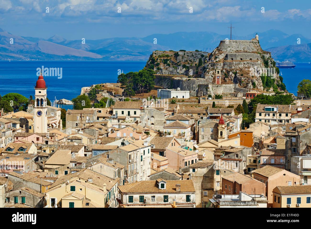 Greece, Ionian island, Corfu island, Kerkyra city, Unesco world heritage, the old Fortress and Agios Spyridon church - Stock Image