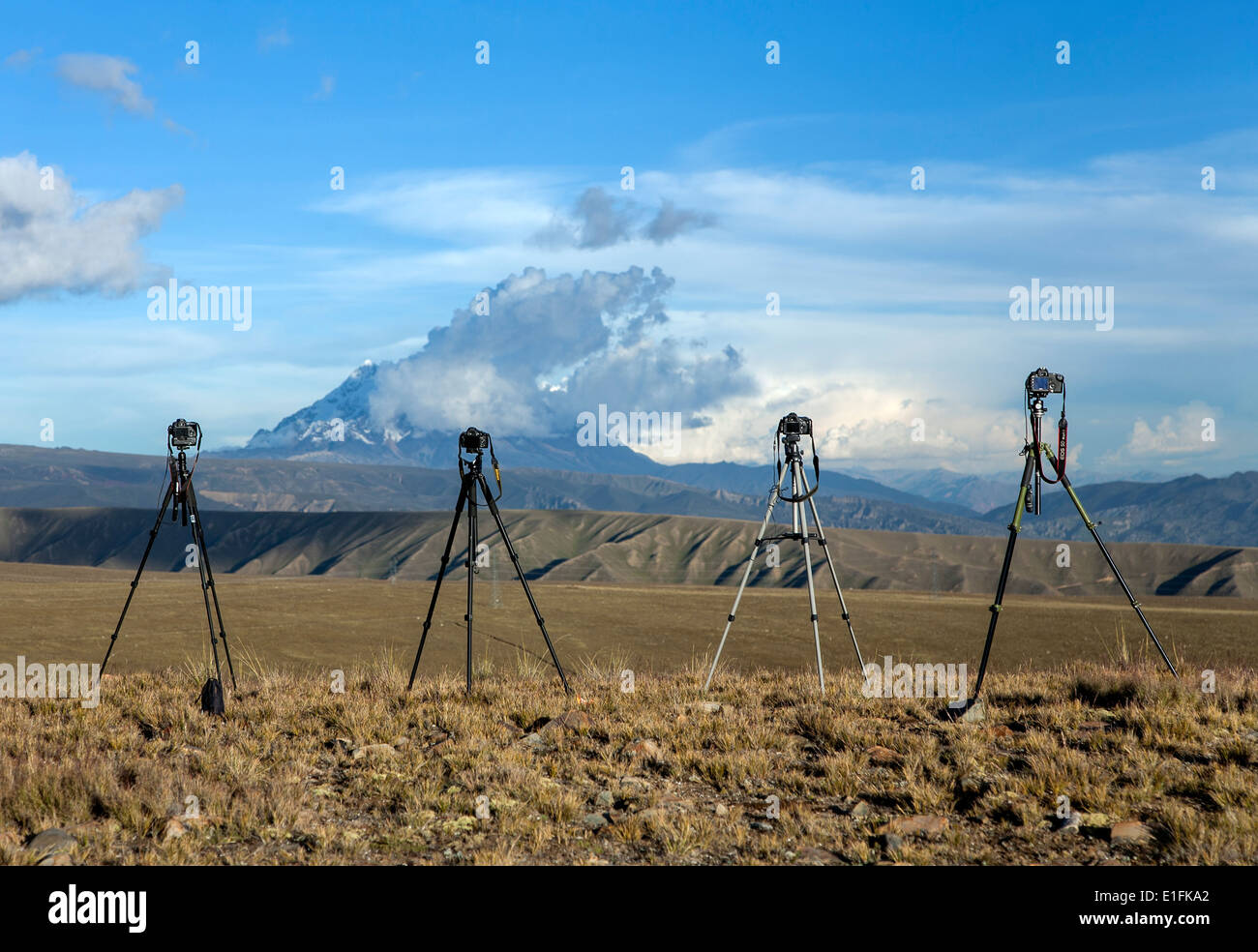 Cameras on tripods. Photography workshop. Bolivia - Stock Image