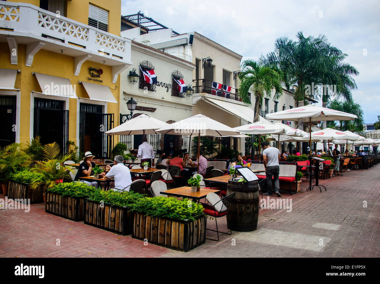 Restaurants on Plaza Espagna in the Old Town, UNESCO Site, Santo Domingo, Dominican Republic, West Indies, Caribbean - Stock Image