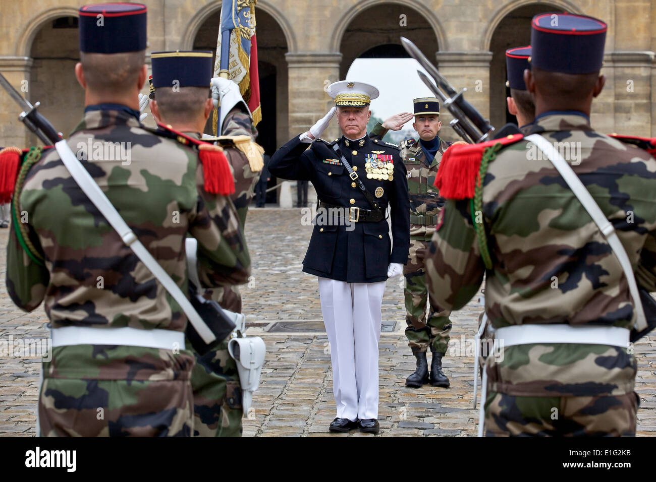 US Marine Corps General James F. Amos, commandant of the Marine Corps, during an honors ceremony hosted by chief Stock Photo