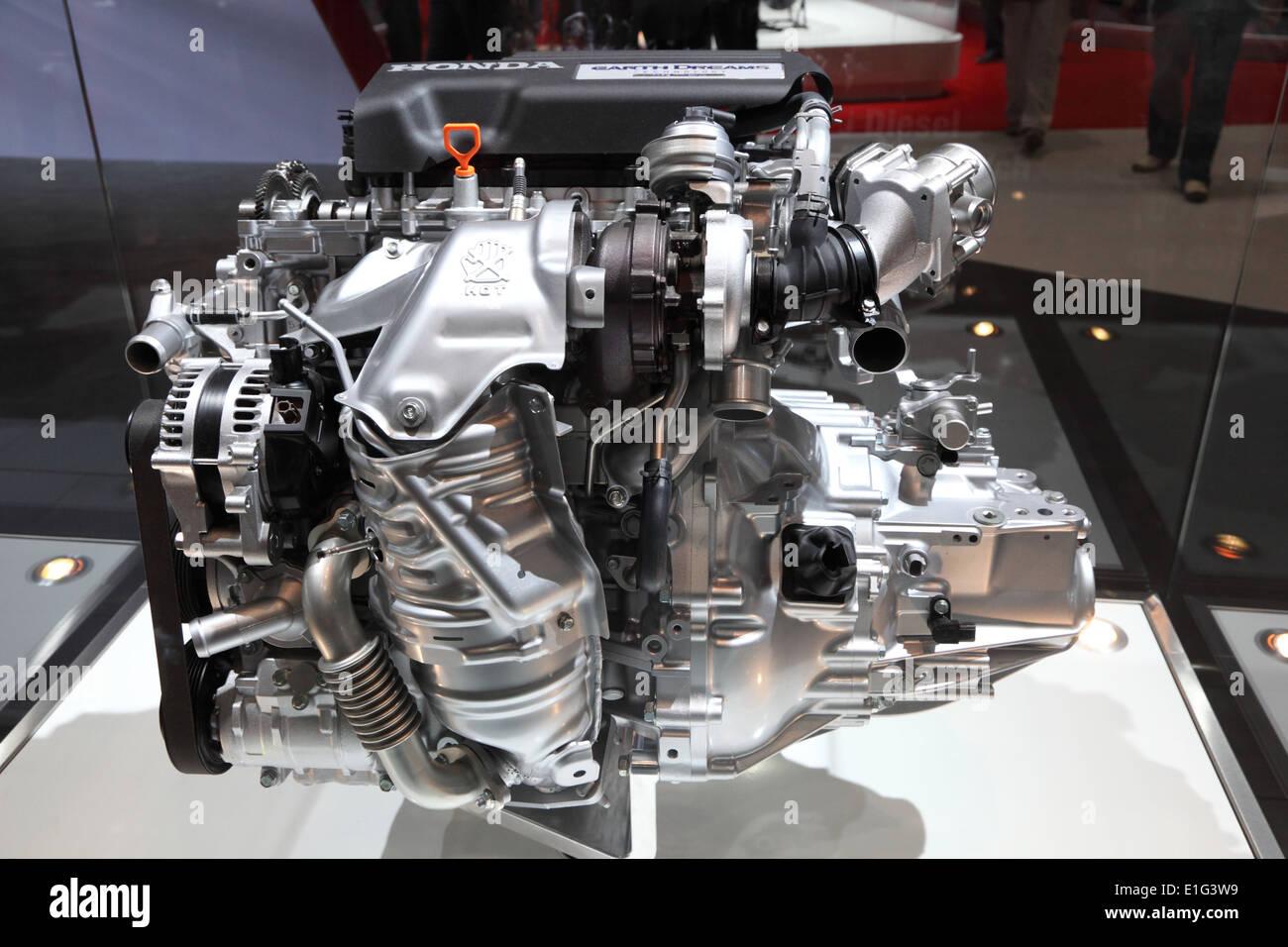 Honda Engine Stock Photos & Honda Engine Stock Images - Alamy