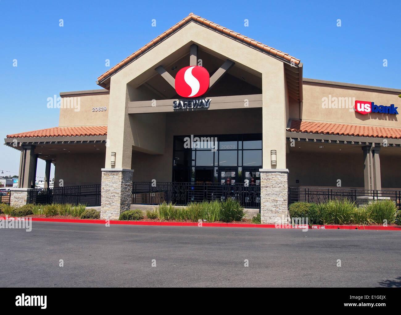 Safeway store in Castro Valley, California - Stock Image