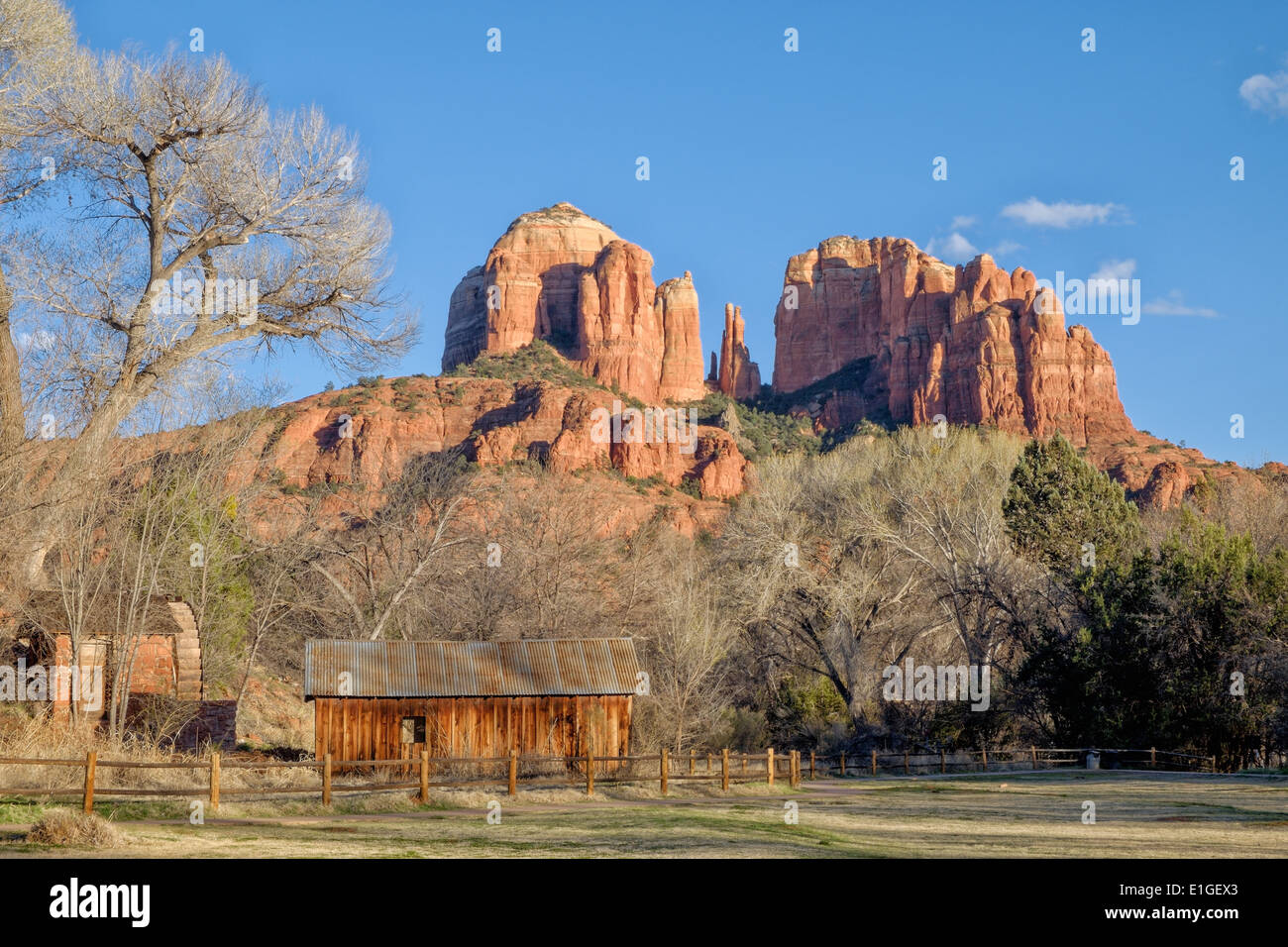 Cathedral Rock with an old water wheel and barn, at Sedona, Arizona, USA. - Stock Image
