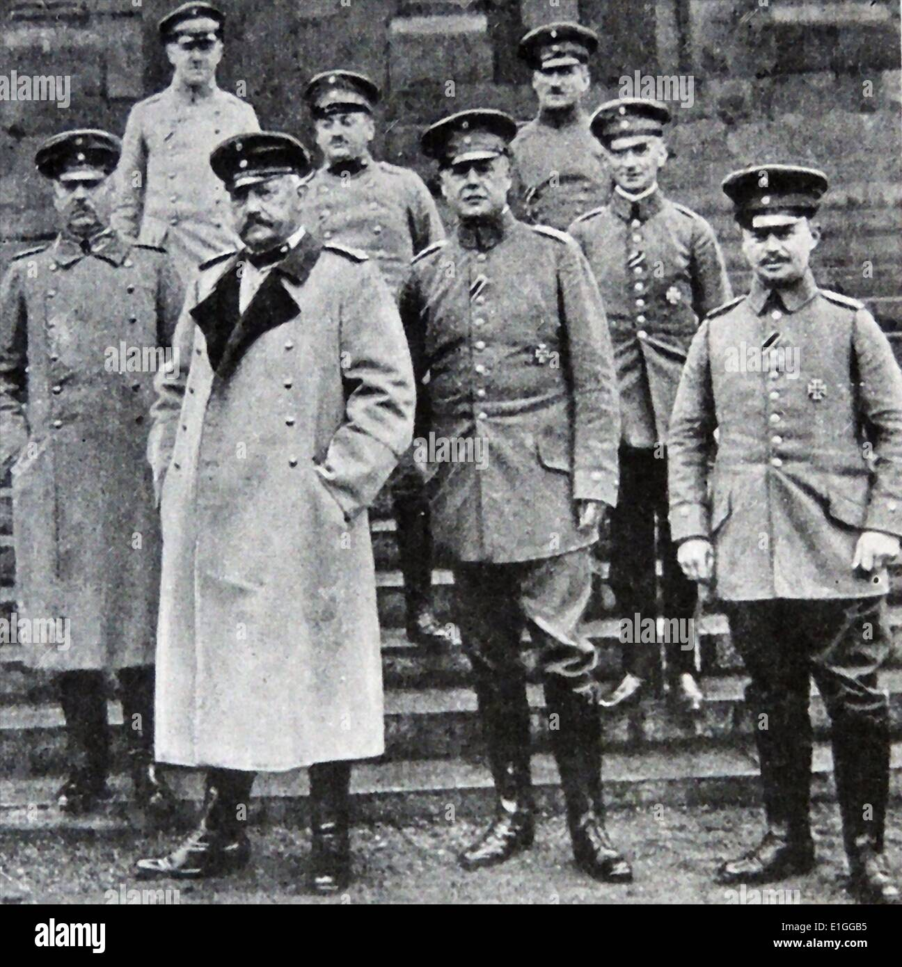 Photograph of Paul Von Hindenburg (1847 - 1934) and the German General staff. Dated 1914 - Stock Image
