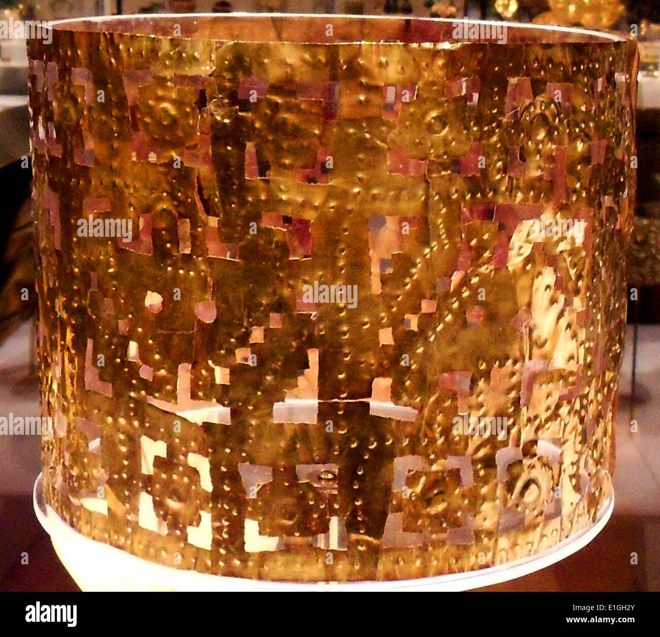 Chimu Gold Crown from Peru 12th-15th Century - Stock Image