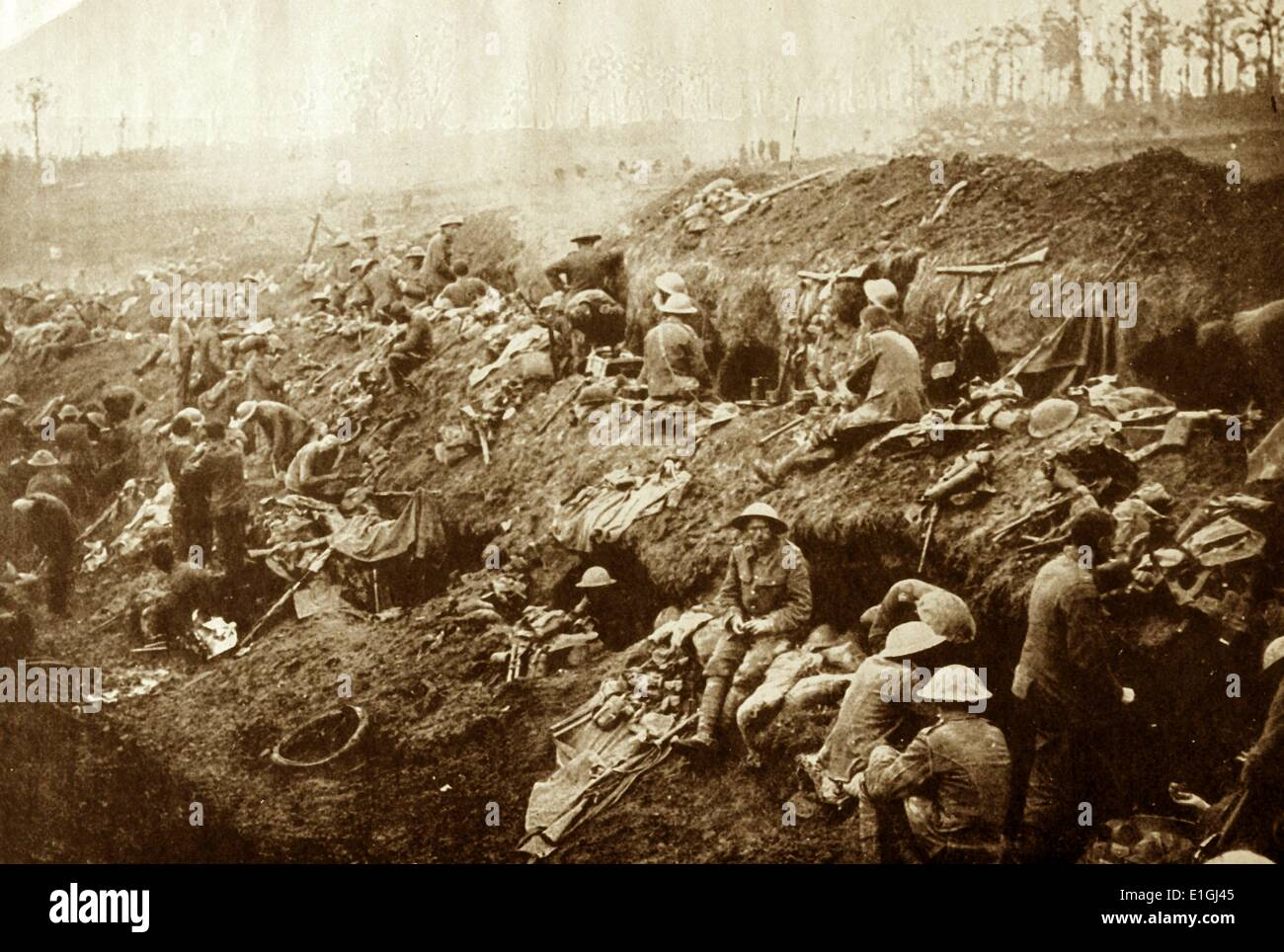 First world War british soldiers in trenches on the western Front circa 1915 - Stock Image