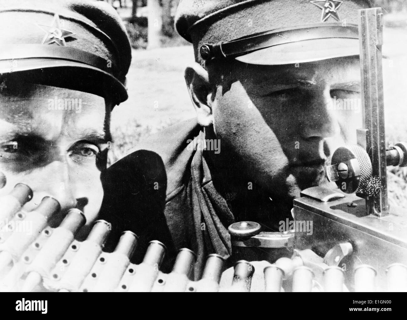 Photograph of Machine gunners of the far eastern Red Army in the USSR (Union of Soviet Socialist Republics) - Stock Image