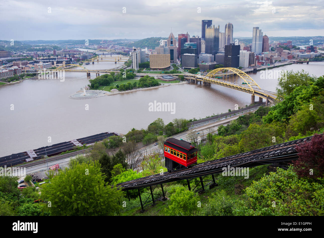 Duquesne incline in Pittsburgh PA - Stock Image