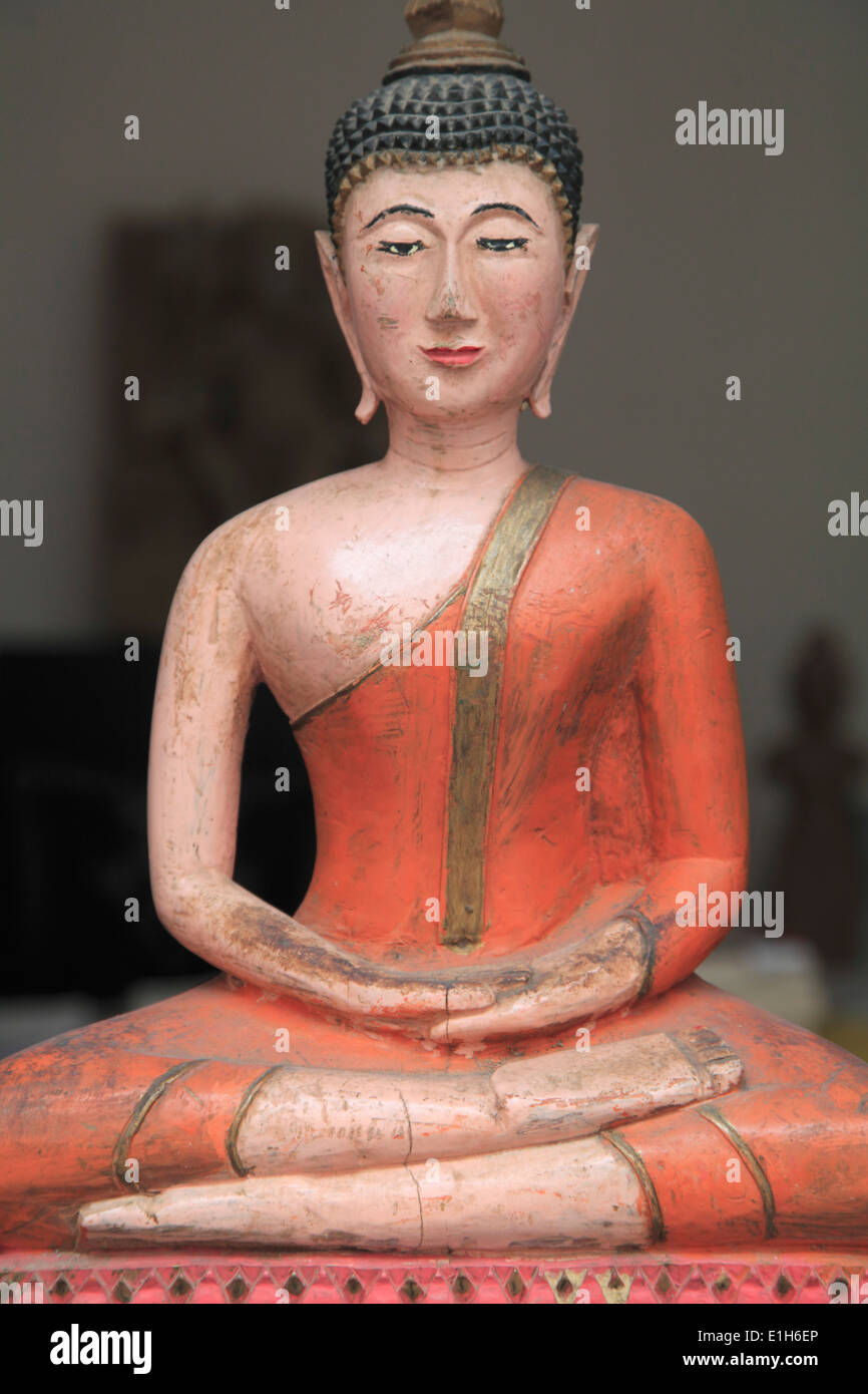UK, England, London, Picadilly, Buddha statue, antique shop, - Stock Image