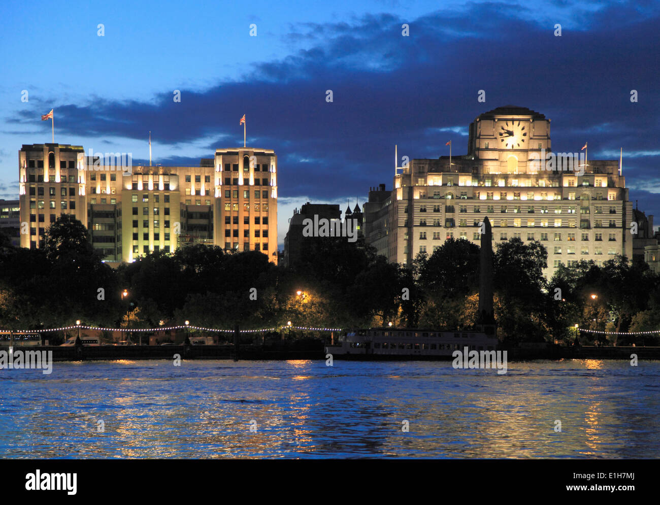 UK, England, London, Victoria Embankment, skyline, Thames River, - Stock Image