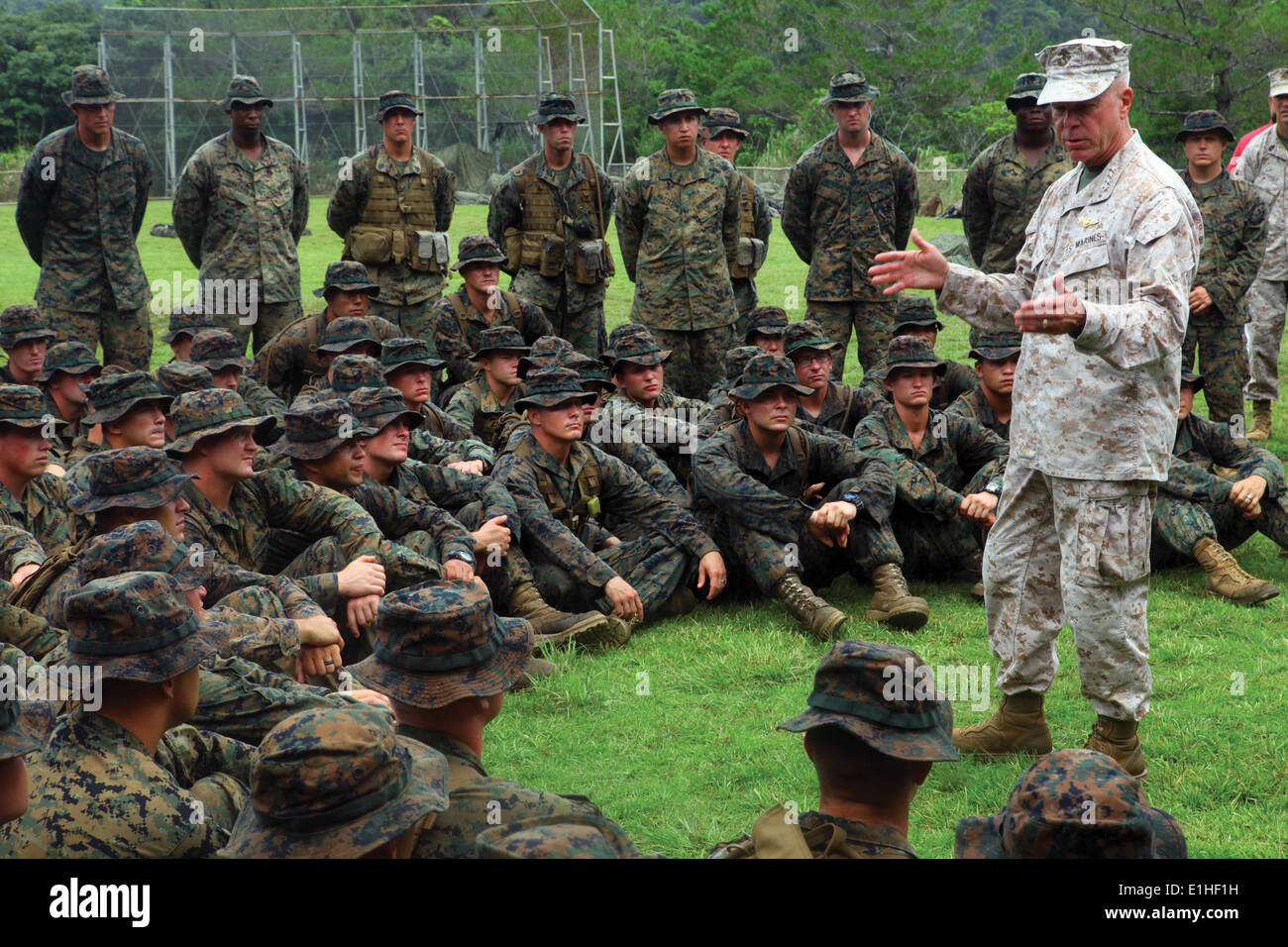 Gen. James F. Amos, the commandant of the Marine Corps, speaks to Marines about the importance of their training Stock Photo