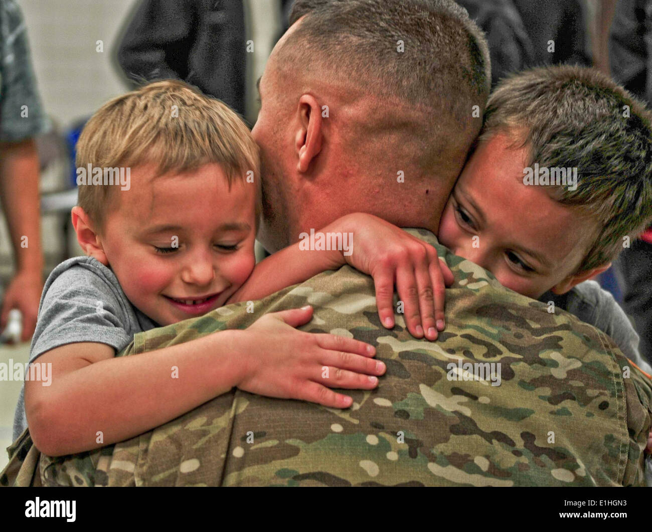 On Sept. 22 twelve soldiers of the Minnesota National Guard's sixth Operational Mentoring and Liaison Team returned home from a - Stock Image