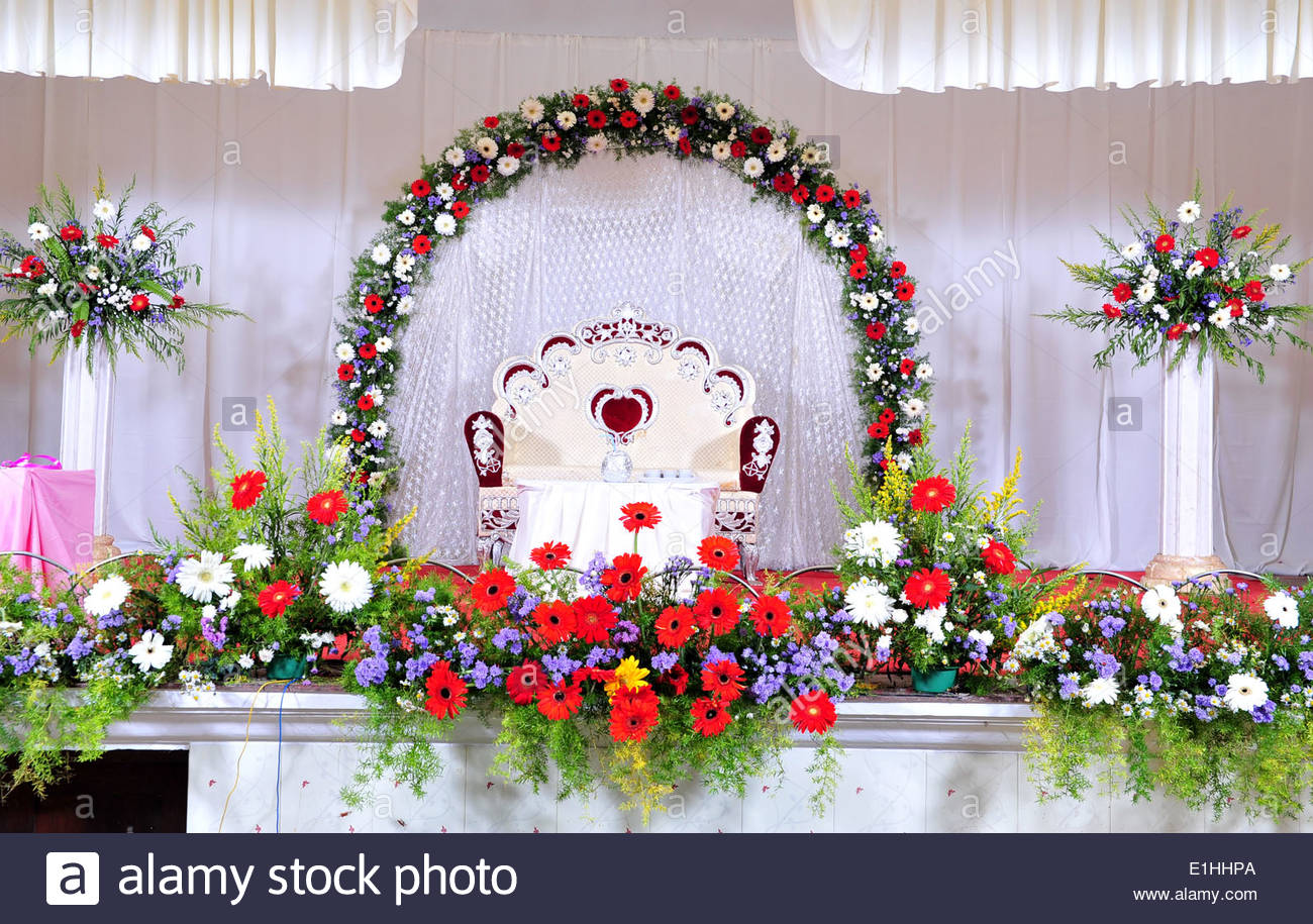 Wedding stage decoration with flowers in hindu christian for Marriage decoration photos